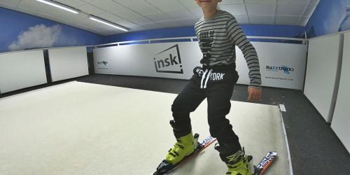 Když tě lyžování baví --> tak určitě inski! Je tam fajn parta a trenéři. Mamka Ivona, ČB